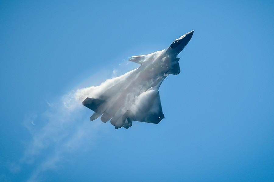 China's J-20 Stealth Fighter Jet Performs Stunts for Public