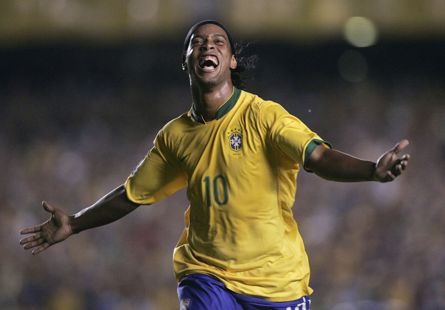 Brazil icon Ronaldinho has only $9 to his name