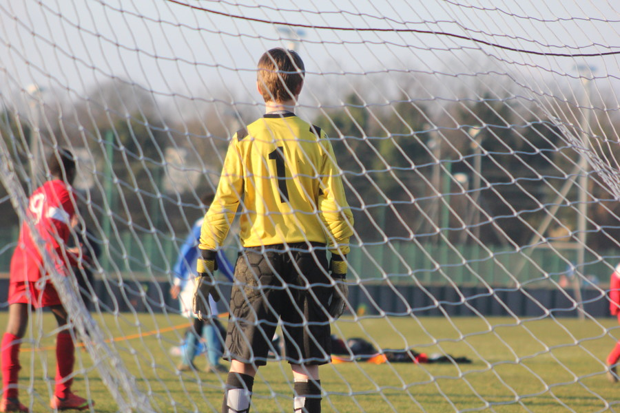 Epic footy save goes viral thanks to dad's pushy parenting (VIDEO)
