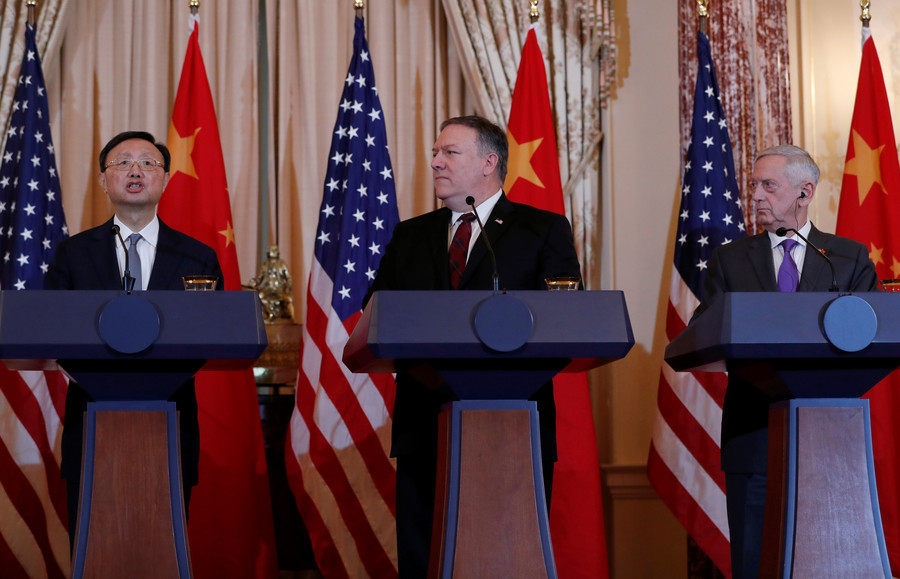 US calls for end to South China Sea militarization, China says to stop sending warships