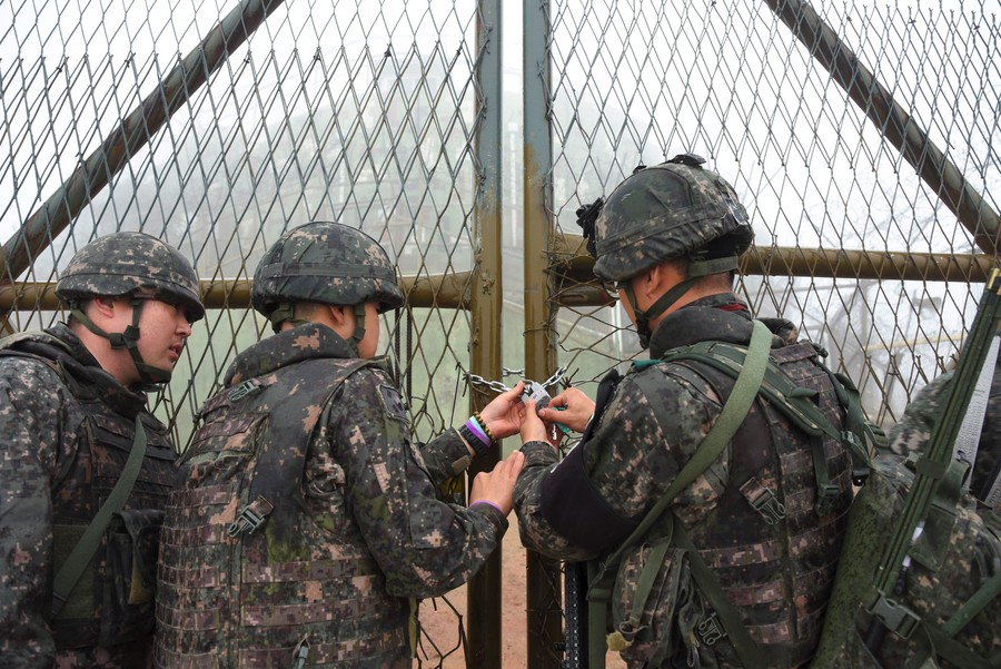 Thaw looming? North and South Korea begin tearing down guard posts at the border