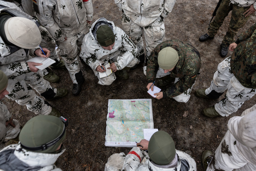 Kremlin's long arm? Norway says it's 'aware Russia jammed' GPS after glitches at massive NATO drills