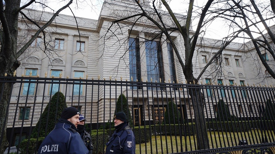 'Mentally ill' person tries to break into Russian embassy in Berlin to 'request asylum'