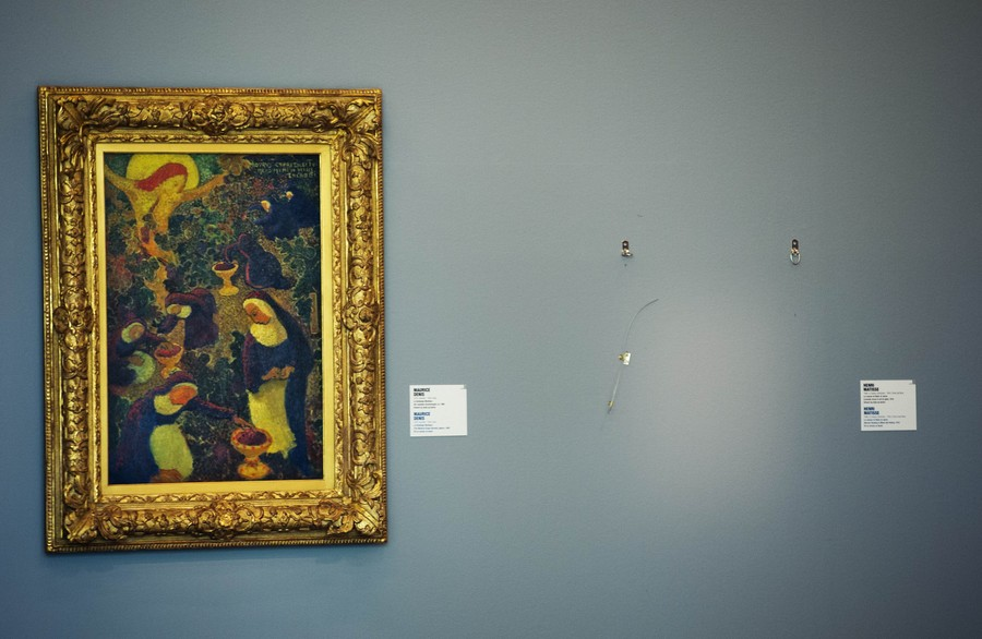 Painting found under tree in Romania believed to be Picasso stolen in 'theft of the century'
