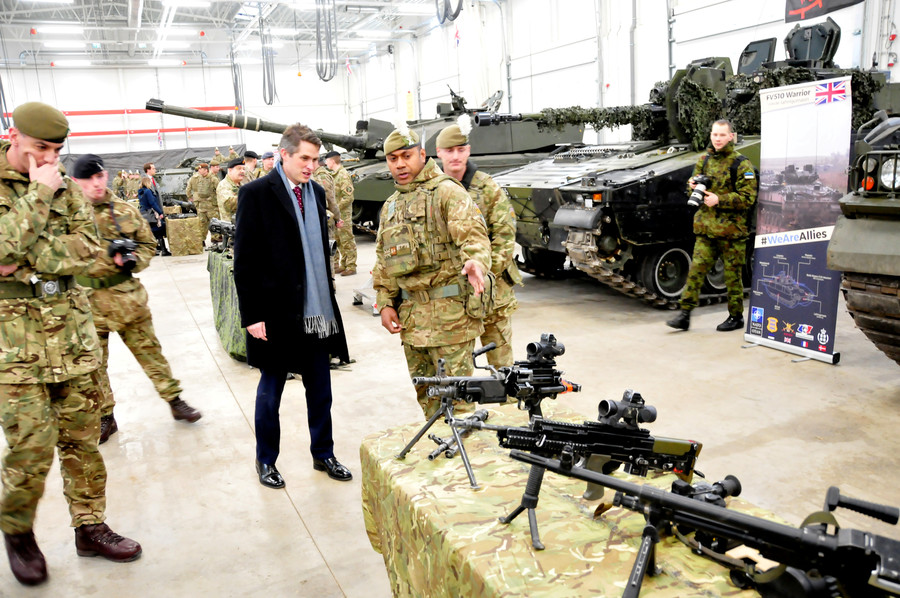 More British troops will head to Ukraine to 'defend democracy' – Williamson set to announce