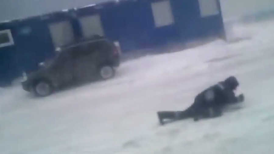Brrr-iliant: Mother Nature kicks man to ground in epic battle (VIDEO)