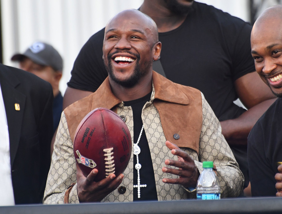 Money madness: Floyd Mayweather Jr. spends whopping $5.3 mln on jewelry shopping spree (PHOTOS)