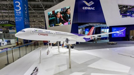Russia & China show off life-size model of jetliner that will take on Boeing and Airbus