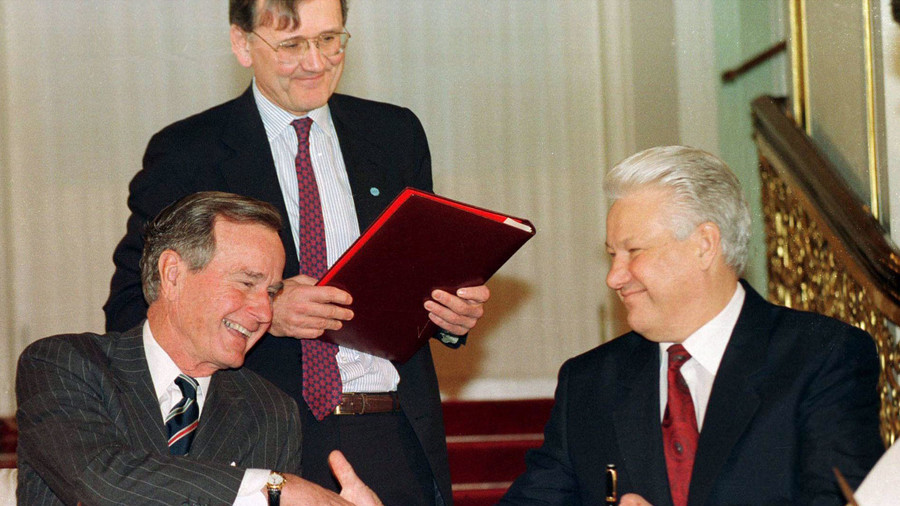 Late George H.W. Bush valued 'constructive dialogue' with Russia – Putin