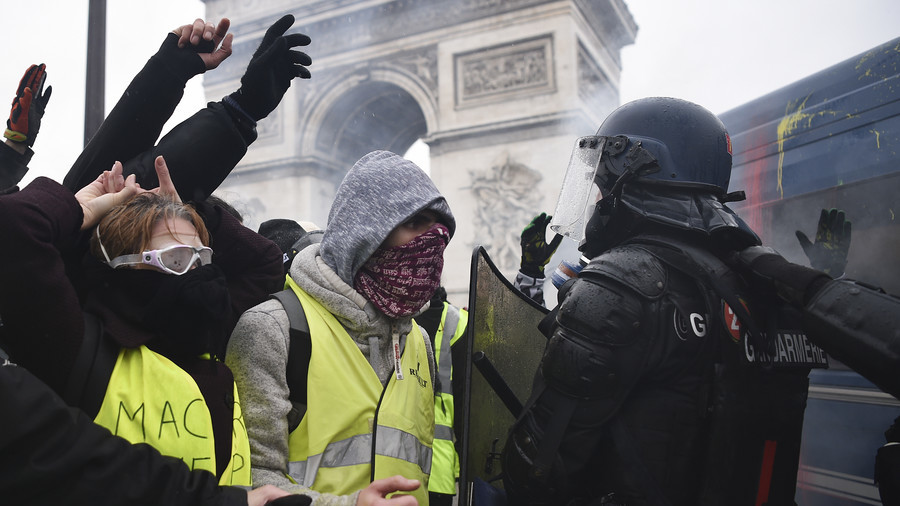 Most Cops Support Yellow Vest Protesters Over Macron France Police Union Chief To Rt Rt World News