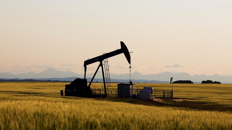 Canada's Alberta province orders drastic oil production cuts to fight price crisis