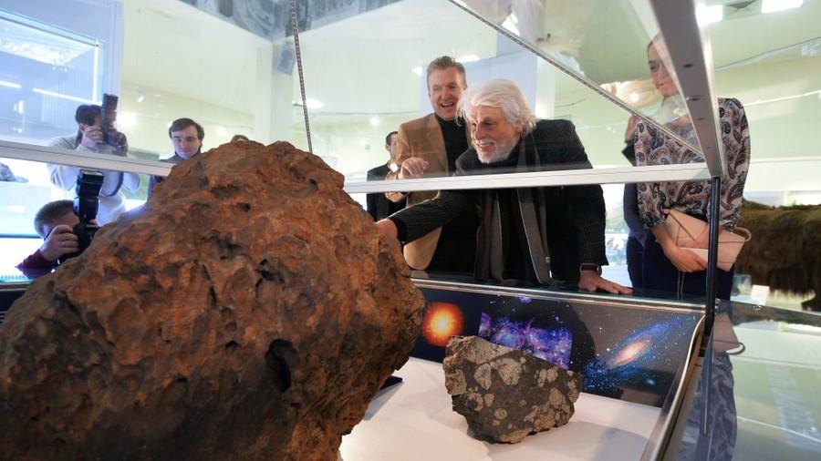 Chelyabinsk meteor theft: Court sentences cheeky Russian scientist in scandalous case