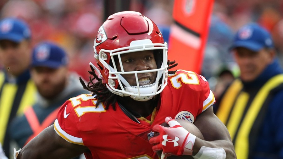 Cleveland police reportedly conducting internal review of Kareem Hunt report
