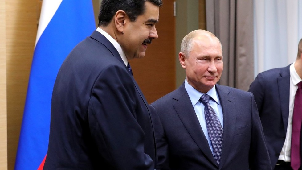 Russia & Venezuela sign $5bn investment contracts 'to increase oil production' – Maduro