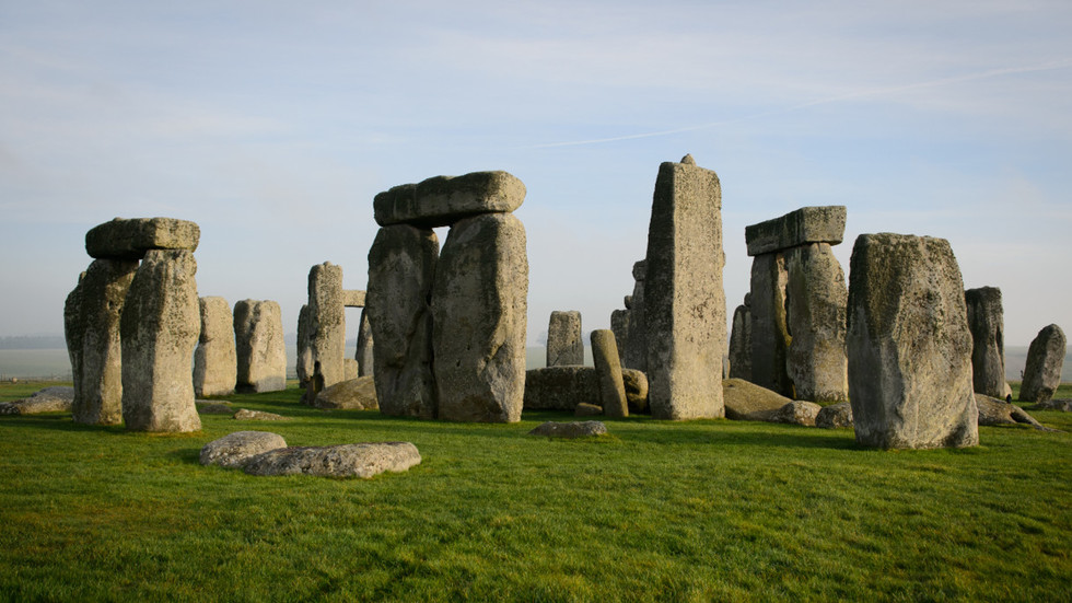 'A travesty': Archaeologists enraged after Stonehenge site 'damaged' during drilling work