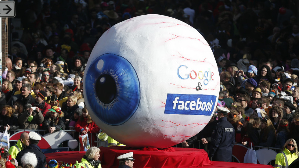 Australian watchdog wants a regulator for Google and Facebook