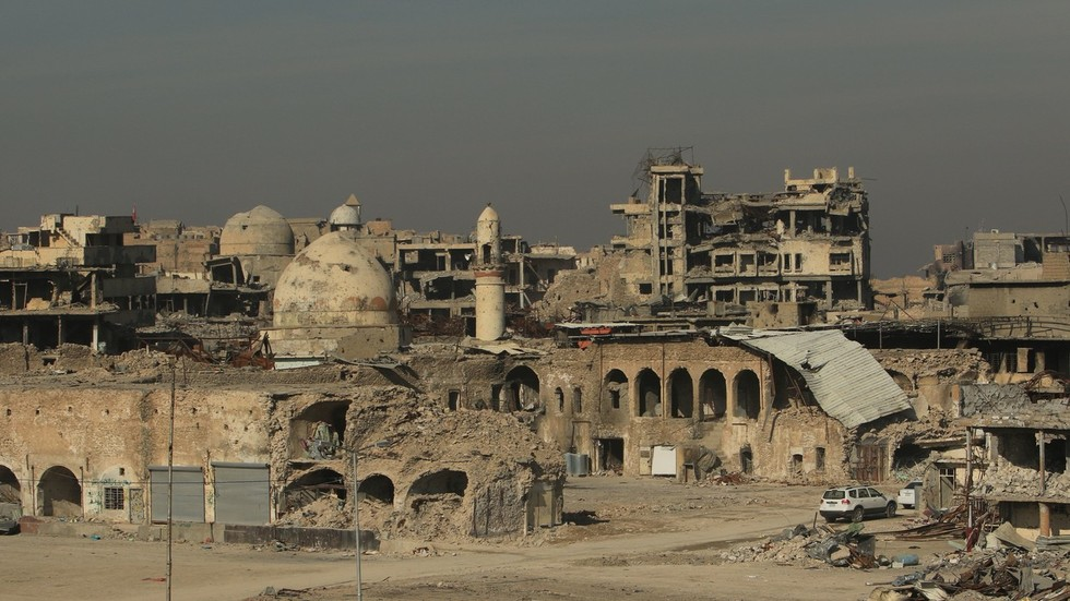 Money for bombs but not for aid? Millions of Iraqis destitute 1yr after victory over ISIS