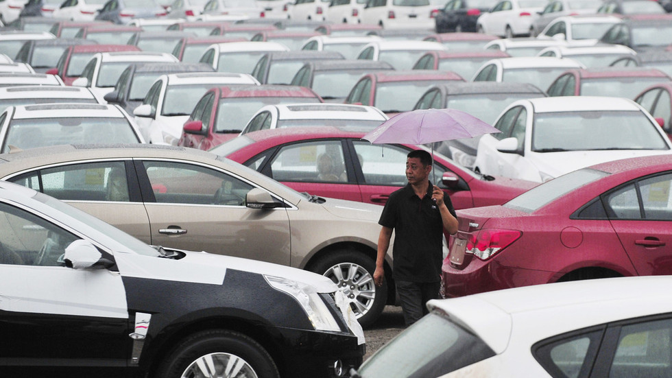 China temporarily slashing tariffs on United States auto imports