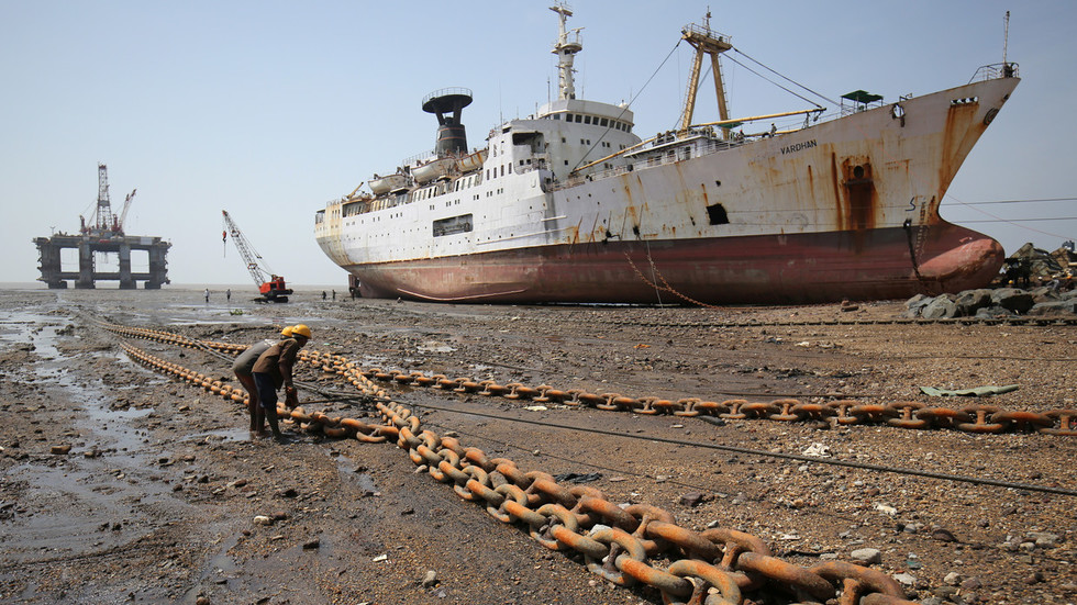 Iran loses market share in India as its oil exports slump in November