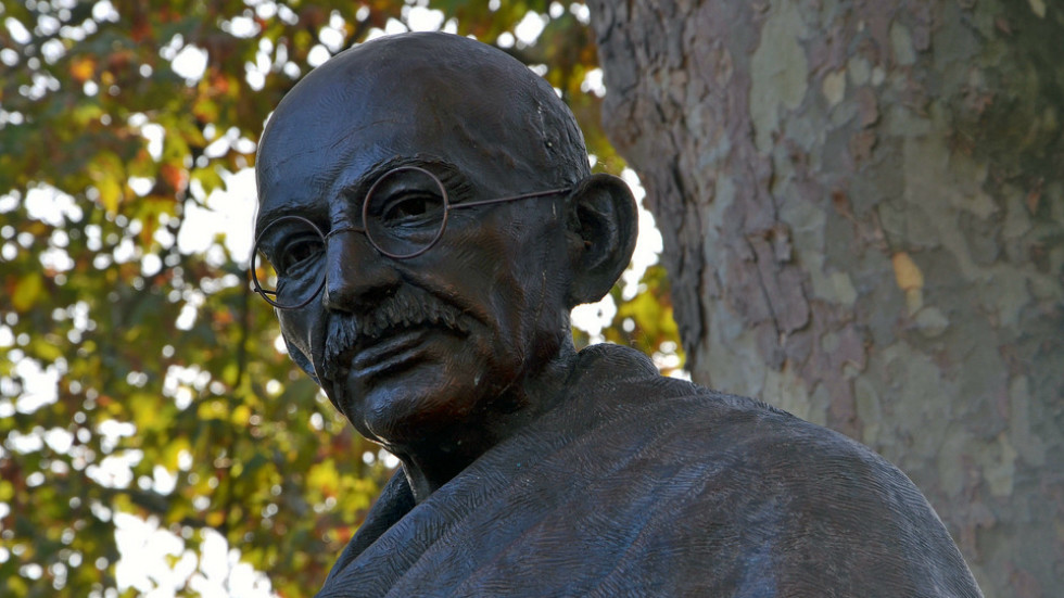 Ghana removes racist Gandhi statue after student protest