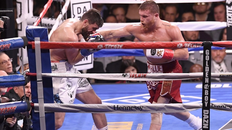 Canelo Alvarez knocks down Rocky Fielding to win gold inside MSG