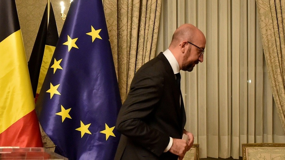 Belgian PM resigns after UN migrant pact row results in no confidence motion