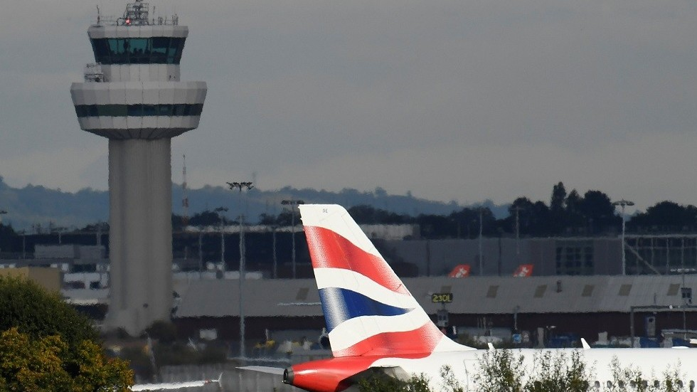 Gatwick Airport chaos as DRONES causes ALL flights to be suspended