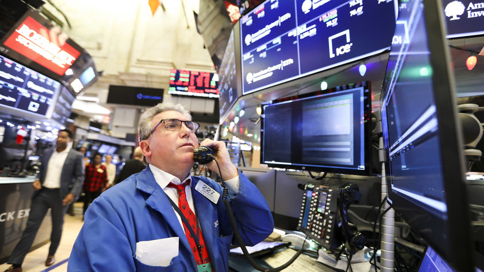 'Santa rout' as Fed fails to cheer markets