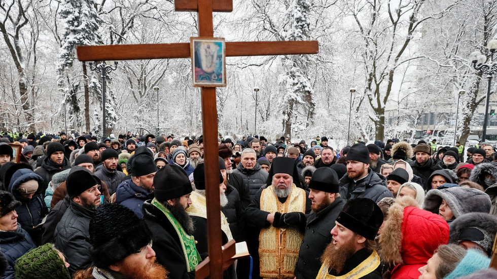 Some more equal than others: Kiev passes law demanding Ukrainian Orthodox Church to change name
