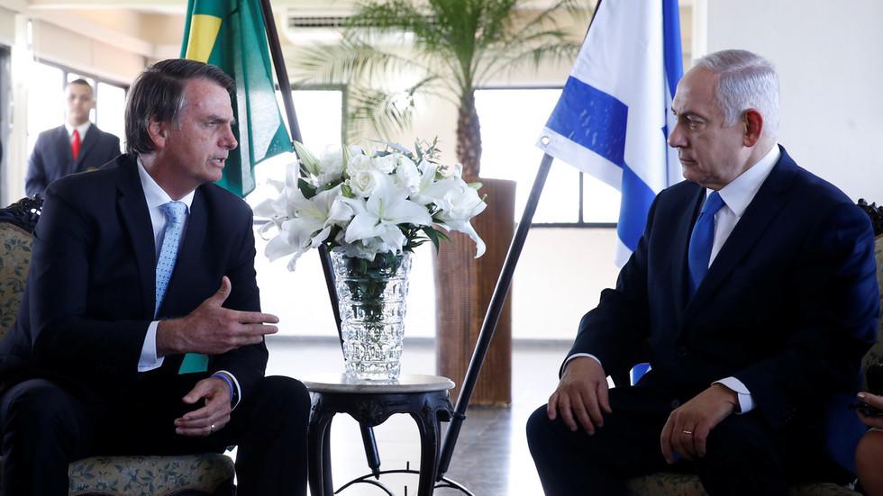 Netanyahu & Bolsonaro talk 'brotherhood' on Israeli PM's visit to Brazil, but not of embassy moves