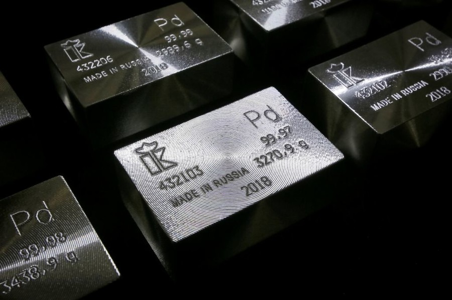 All that glitters isn't gold: Palladium hits all-time record as deficit boosts prices
