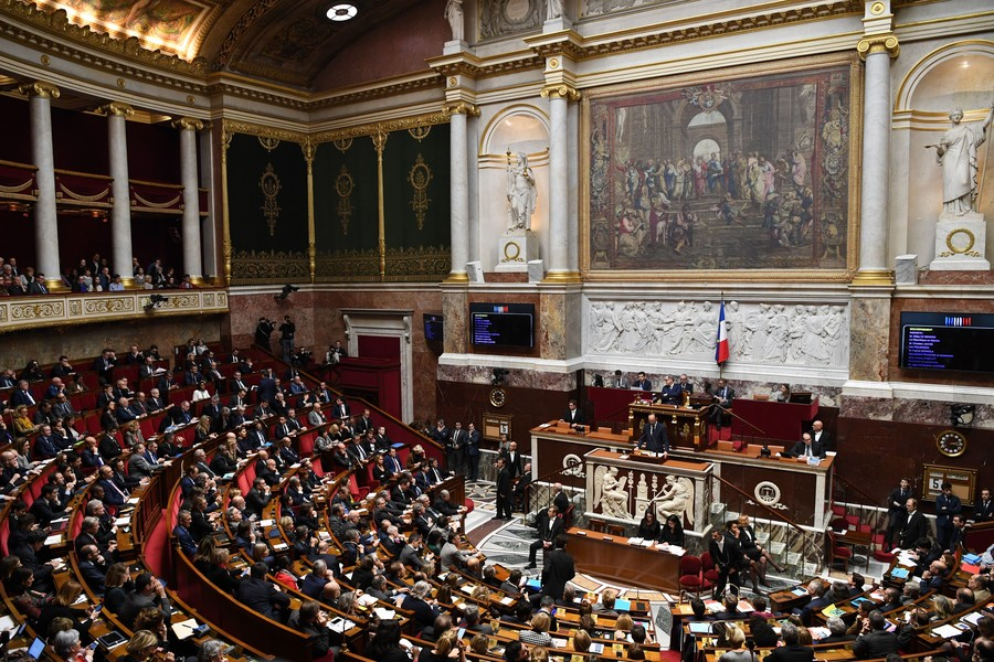 French parliament's left parties to discuss vote of no confidence against government