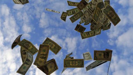 It's raining money: Looting chaos on New Jersey highway after Brinks van door malfunctions (VIDEOS)