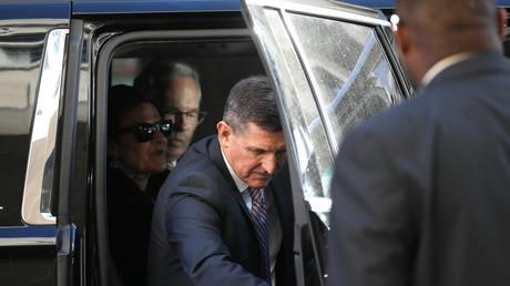 5c1916f4fc7e938f5c8b45a4 Sentencing of Trump's ex-advisor Flynn delayed till March