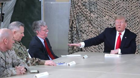 5c23fbeffc7e93952c8b4621 Trump didn't meet Iraqi leadership during surprise visit due to 'disagreements'