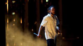 Rapper Kendrick Lamar leads Grammy award nominations with 8 nods, Drake has 7