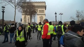 Round five: Yellow Vests gather in Paris for 'Macron resign' protest