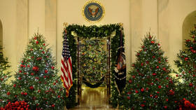 Trump to stay in Washington as government shutdown creeps over Christmas