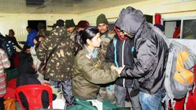 Indian Army rescues over 2,500 tourists trapped by heavy snowfall (PHOTOS)