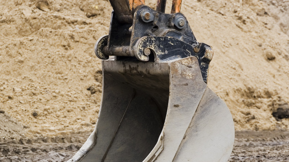 Like a can: Burglars use 2 excavators to rip open van with $2.3mn