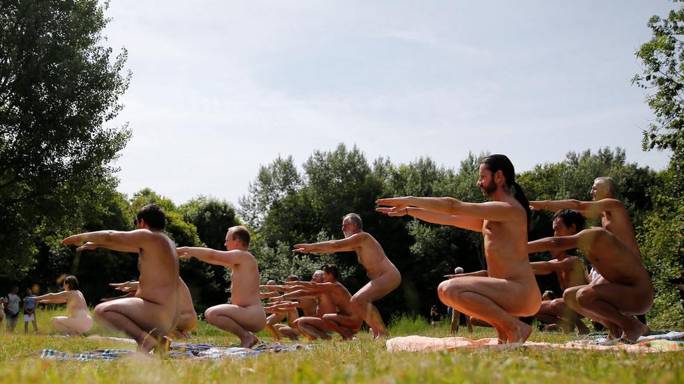 Paris' first nudist restaurant zips up its pants and closes its doors