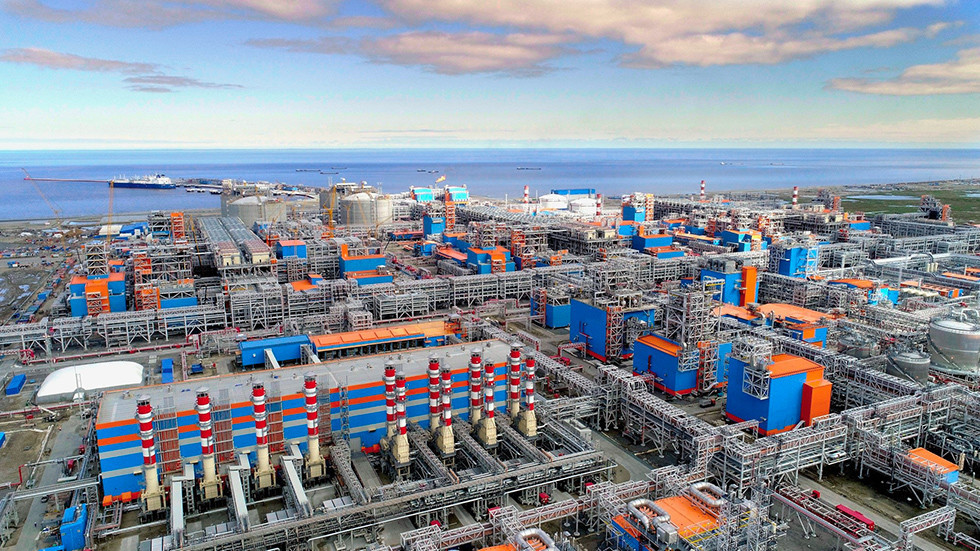 Russia looks to build 'LNG Island' to supply booming Asian market