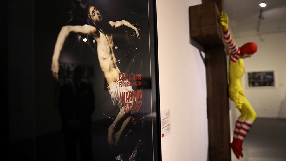 'Offensive' McJesus statue will be removed from Israeli museum after violent protests