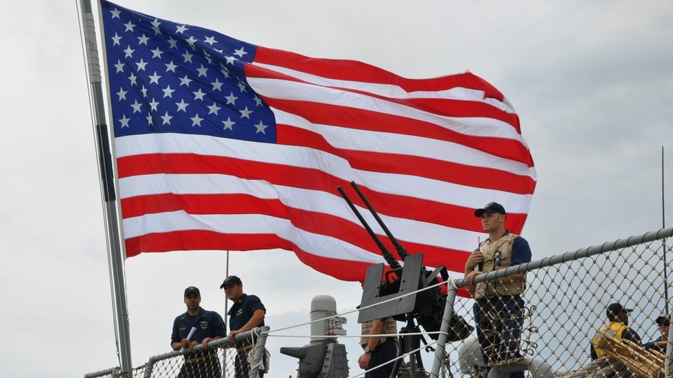 Russian warships escort 2 US destroyers in Baltic Sea