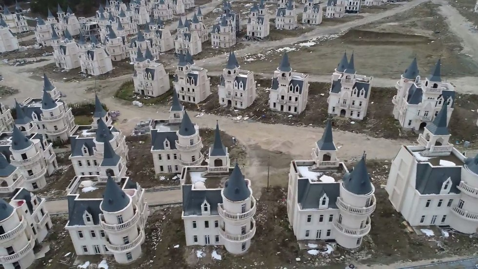 Eerie DRONE VIDEO shows 580+ abandoned Disney-like castles sprawled in Turkish mountains