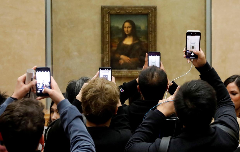 'Apeshit' video helps Paris Louvre break visitor record