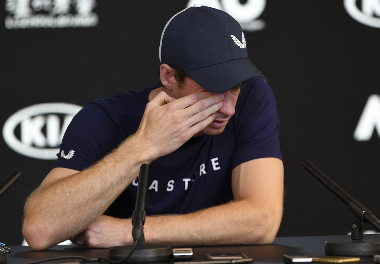 Watch Andy Murray's emotional potential farewell after Australian Open loss