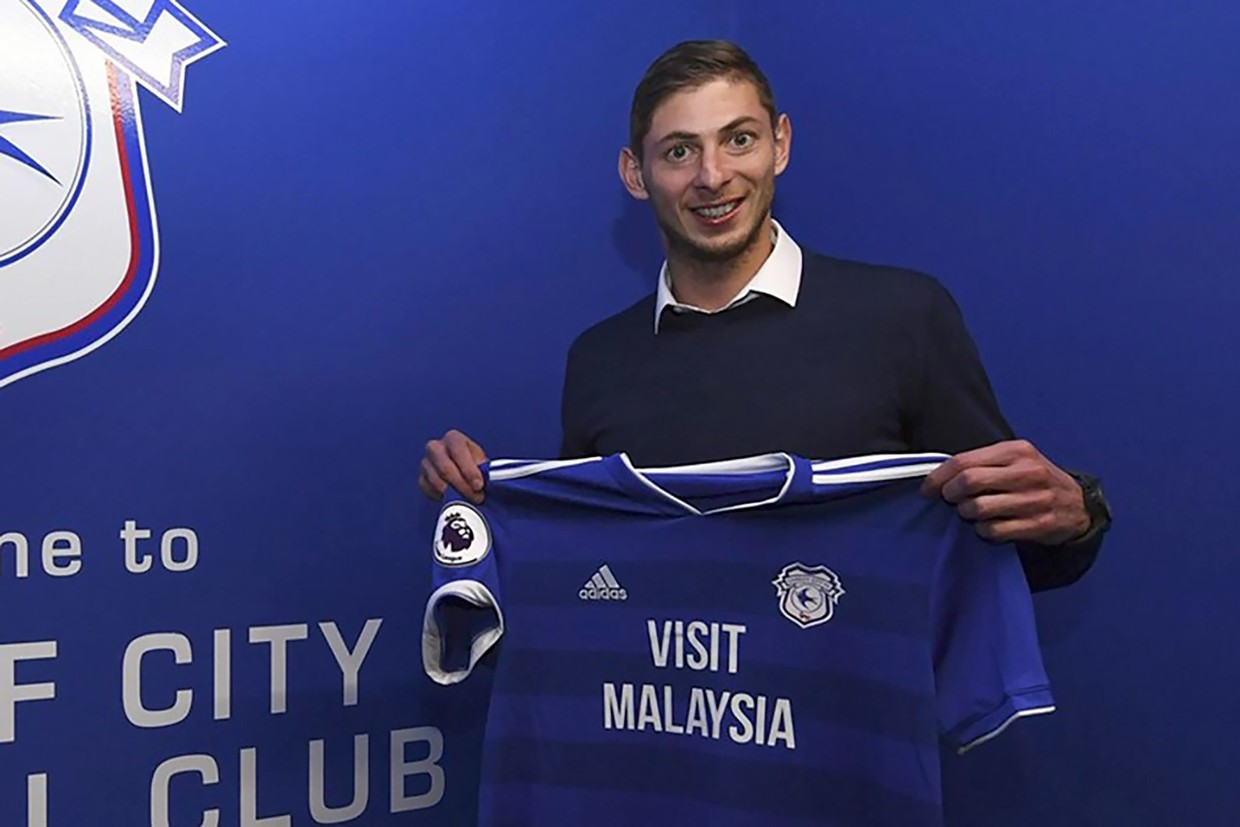'I'm getting scared': Cardiff striker Emiliano Sala's final haunting WhatsApp messages