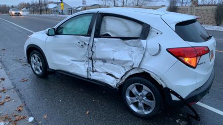 5c395d8bfc7e93b24f8b45e2 'Bird Box challenge' craze: Blindfolded US teen crashes car into oncoming traffic