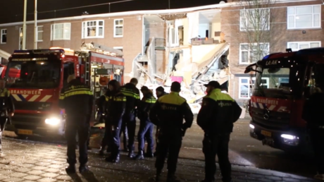 9 injured, 1 trapped after gas explosion destroys apartment building in The Hague (VIDEOS)